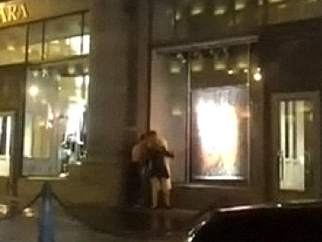 Видео заснятое очевидцем, как молодая пара занималась сексом 18+