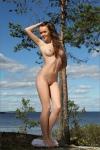 Платье в сеточку на природе (12 фото) 18+